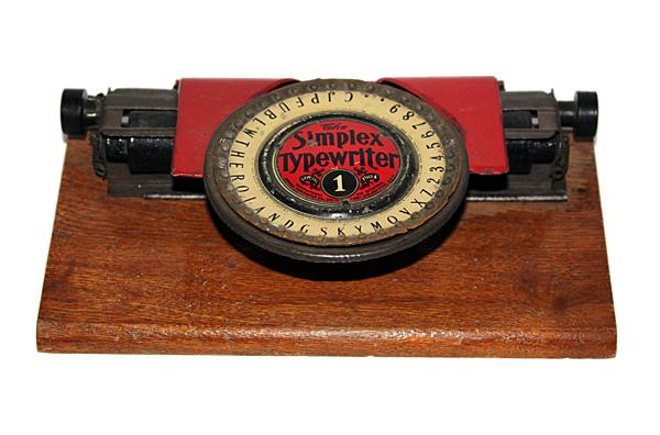 Màquina d'escriure Simplex, model 1