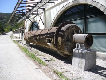 Asland Cement Museum in Castellar de n'Hug adds a clinker mill to its collection