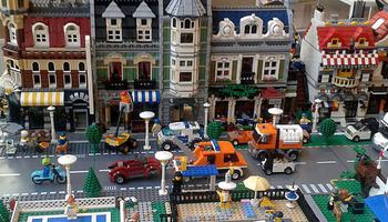 Trobada d'aficionats a les construccions LEGO