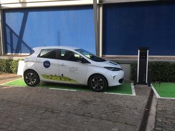 Utilització d'un vehicle elèctric compartit