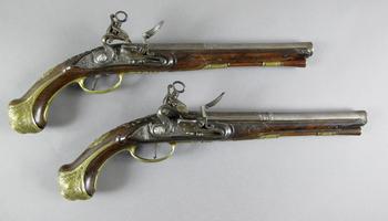 Acquisition de deux pistolets du XVIIIe siècle