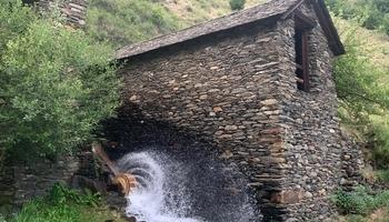 Àreu Sawmill restores its waterwheel